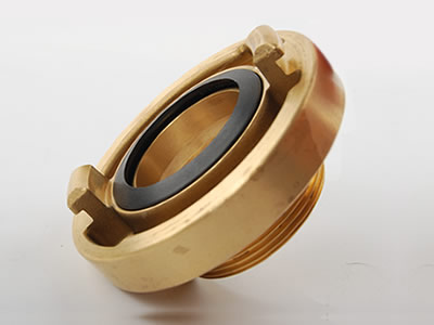 The picture shows an inclined brass storz male thread which can see projecting lugs, mating recesses and seal.